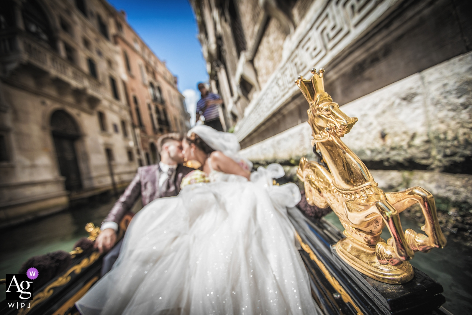 Luca Fabbian is an artistic wedding photographer for Vicenza