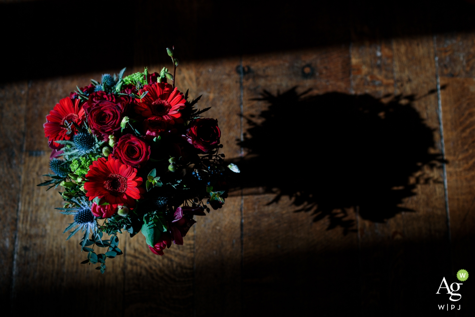 Kent artistic wedding photography details of the flowers