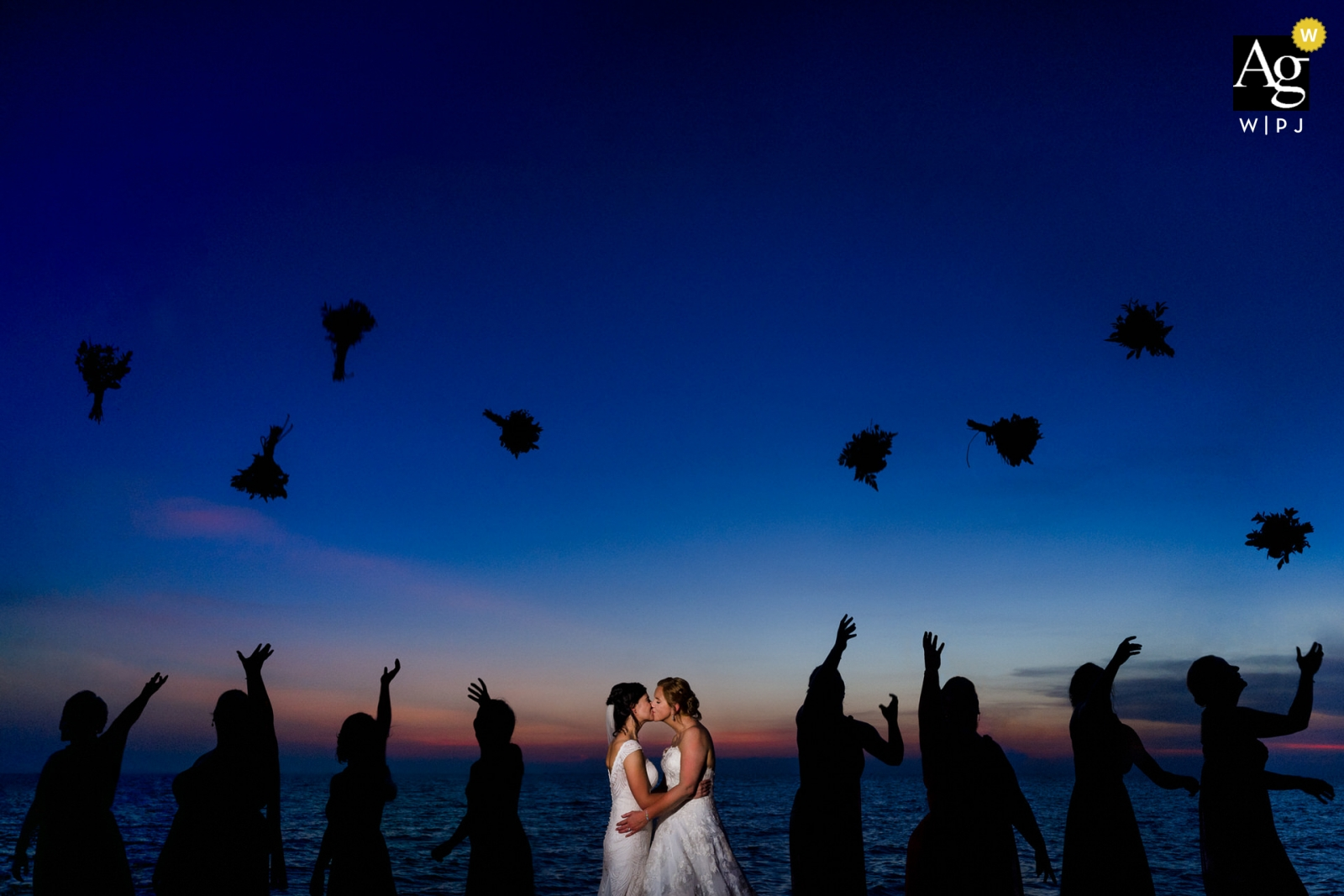 Phu Quoc Portrait session with bridal party at sunset