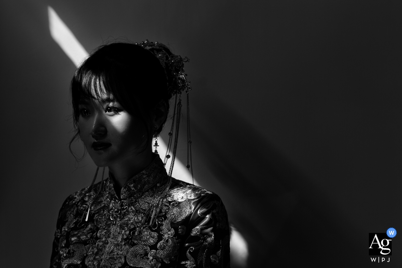 Fujian, China wedding photography | Wedding Day Portrait of the bride in black-and-white