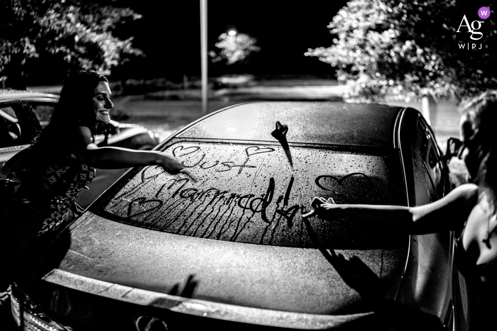 Johnny Shryock è un fotografo di matrimoni artistico per la Virginia