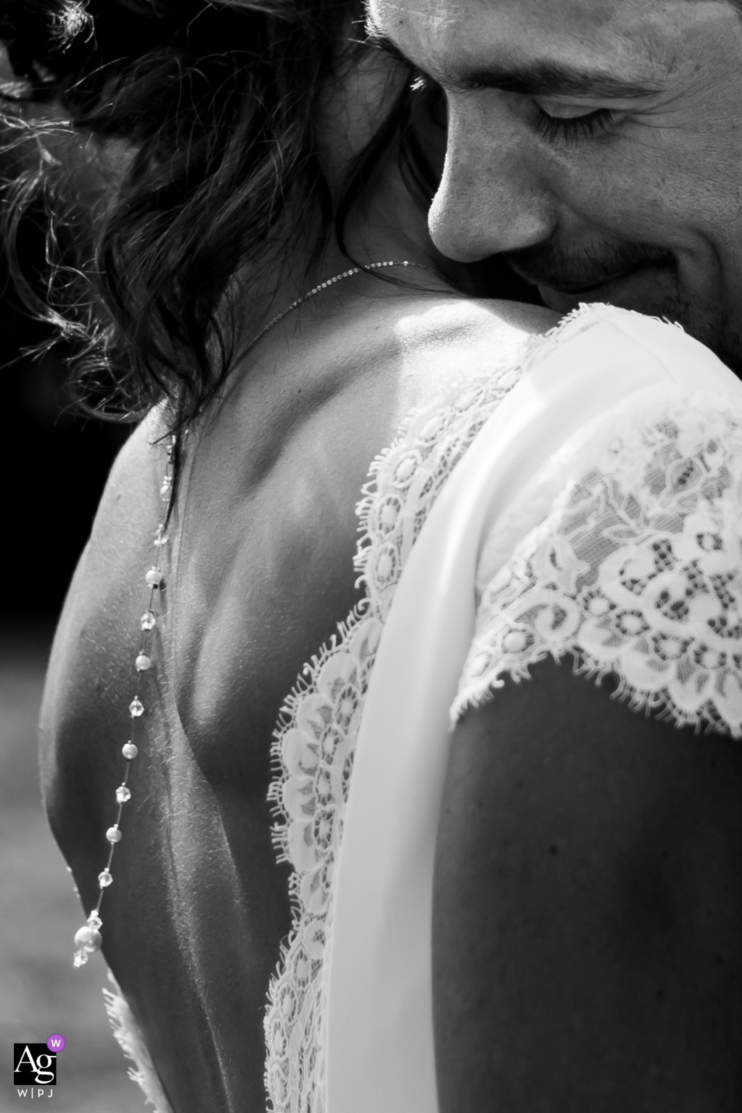 Occitanie wedding detail  image of the bride's dress and jewelry