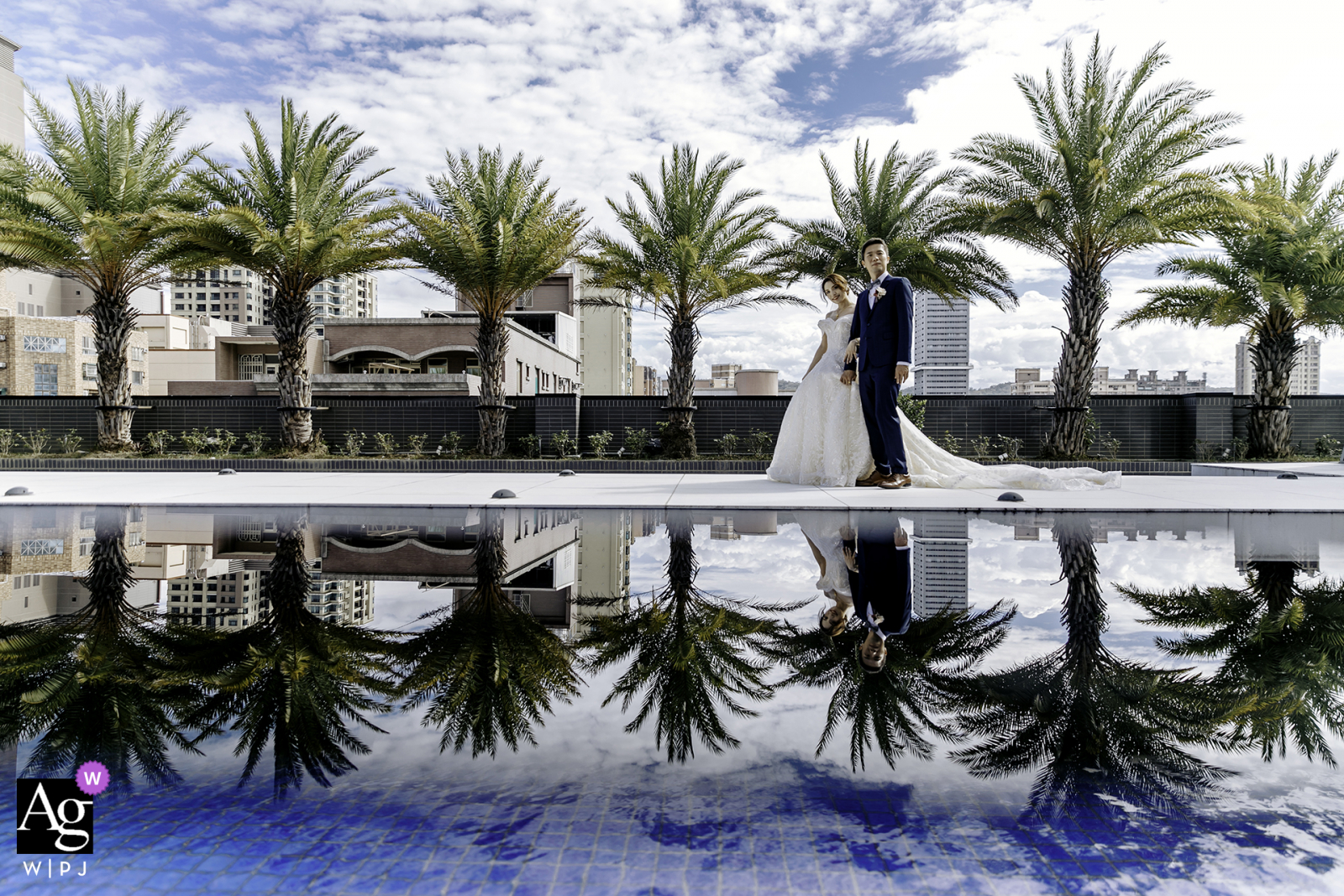 Taiwan Wedding banquet hall artistic photo from under the mirror pool reflection