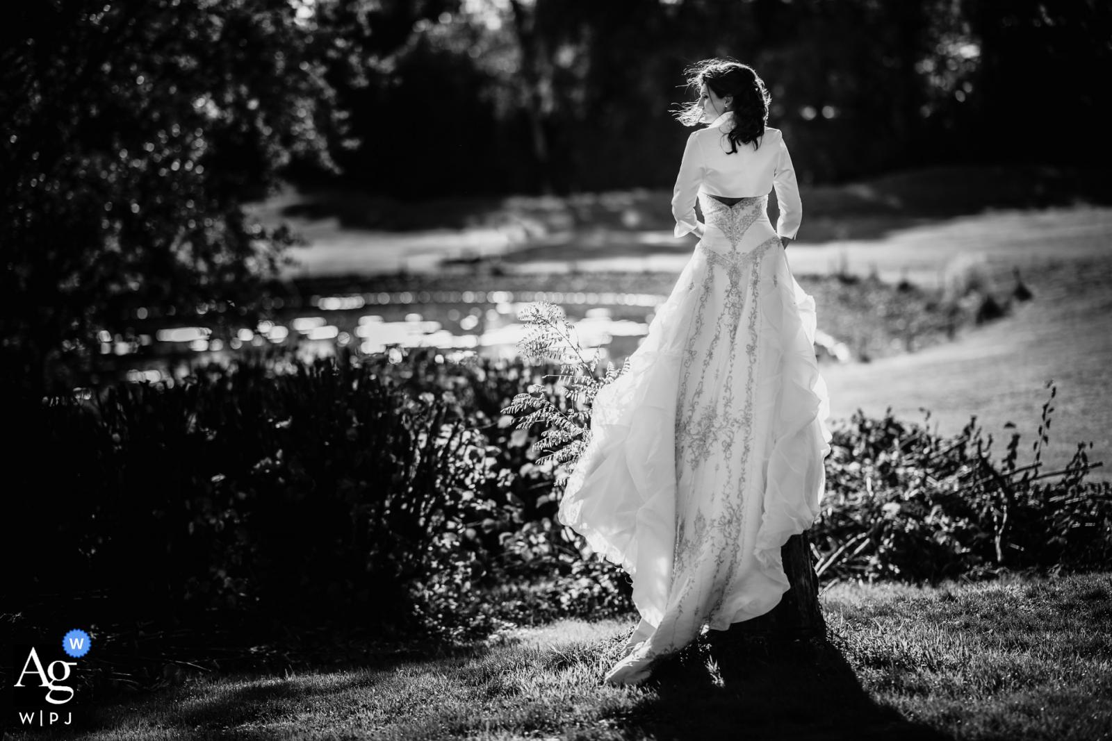 Bridal portrait in b&w from Dippelshof