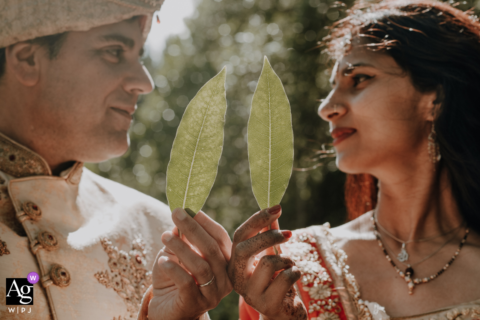 Sintra fine art wedding couple portrait showing Two tree leaves that symbolizes the nature and couple's roots
