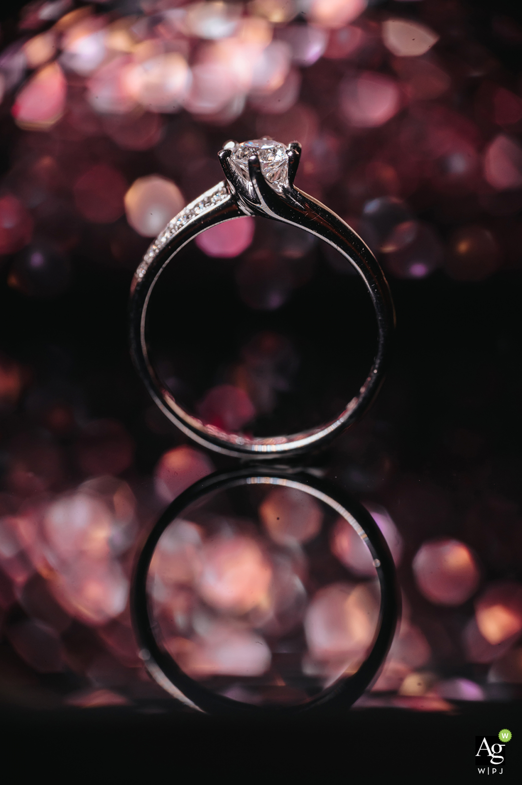 Creative wedding detail image fromTaiwan of the bride's diamond ring