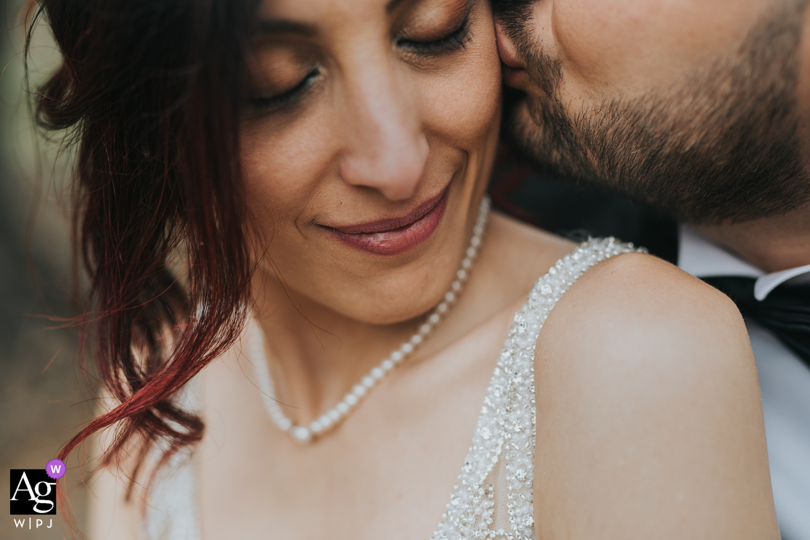Taranto wedding photo from the Apulia Reception Venue with tenderness between spouses