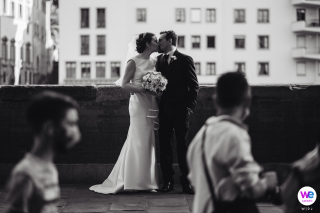 Florence, Tuscany Romantic Elopement Zdjęcia | Ta para zdecydowała się na kameralny ślub w sercu Florencji w świetle COVID-19