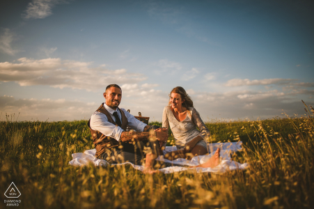A Tuscany picnic basket serve this sienna couple well during their pre-wedding engagement Photo shoot