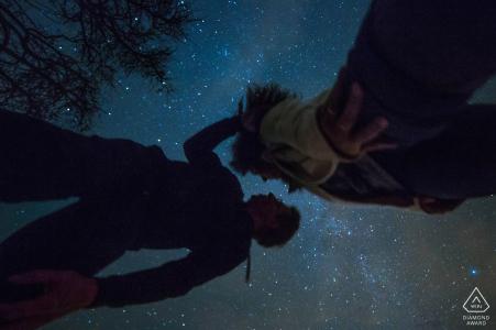 Allemagne mariage photographe fiançailles portrait d'un couple | étoiles et ciel | Hesse photos pré-mariage