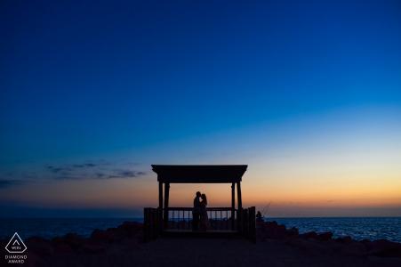 Silhouetten aan de oceaan voor deze verlovingsshoot in Puerto Vallarta in Jalisco