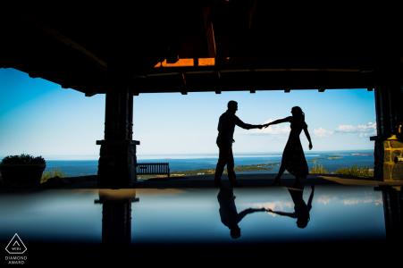 Portrait de silhouette du couple nouvellement fiancé avant le jour de leur mariage