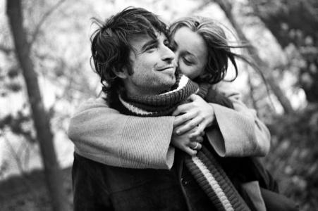 Olya Vysotskaya, di New York, è una fotografa di matrimoni per
