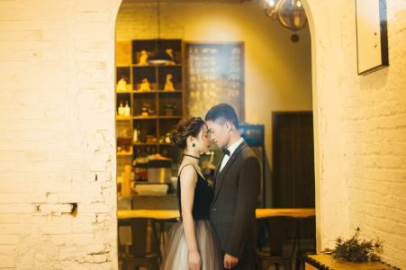 Fujian, China Pre-Wedding Engagement Portrait of a couple through reflecting glass