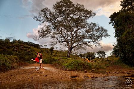 Goiás Brésil pré portraits de mariage dans la nature