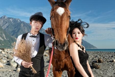 Taiwán Hualien antes del retrato de boda con un caballo