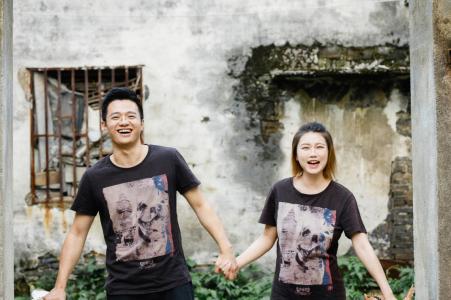 Photographie de fiançailles - Le couple est venu dans son pays natal pour prendre une série de photos de fiançailles de nombreuses scènes de l'enfance à Nanxun, Huzhou, Zhejiang, Chine