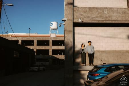 Centro de Los Ángeles, California: capturando esos últimos rayos durante la sesión de compromiso de la tarde.