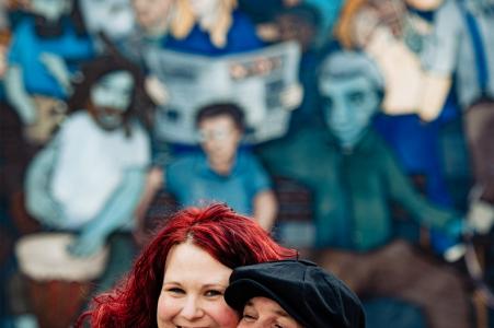 Charlotte Arts District Engagement Photography pour les couples.