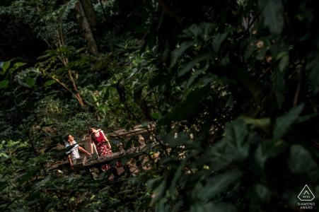 Parque Lage - RJ/Rio de Janeiro pre-wedding photos at a secret place