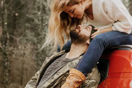 Istanbul Autumn lovers - Couple portraits in Nature