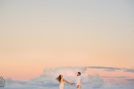 Alagoas, Brasilien Verlobungsfotografie - Bild enthält: Pastell, Himmel, Wolken, fliegen, schweben