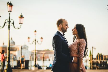 Venice Pre-wedding formal portrait session in Italy