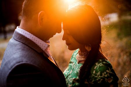 San Francisco, California Lover's Lane Indian Summer Sesión de compromiso con la iluminación del atardecer