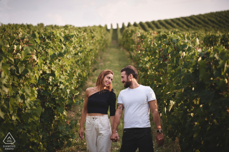 Grapevines couple engagement picture session in Montefalco