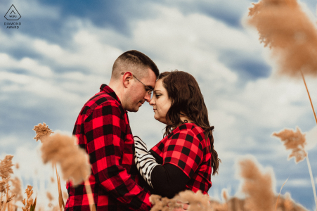 MA engagement fotoshoot & pre-wedding sessie in de heggen van Quincy, Massachusetts