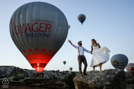 Turkey engagement photography from cappadocia during a pre wedding session at the sunrise