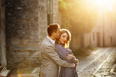 Erice Mount - Italy Sunshine caresses the couple for an artistic and warm engagement portrait