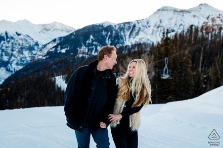 Telluride Winter vor der Hochzeit schießen in den Colorado Bergen
