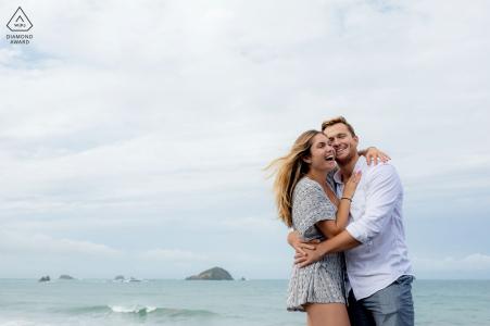 Manuel Antonio, Costa Rica, une séance de photos de fiançailles en couple, l'a mise en place pour que j'étais là pour capturer le moment qu'il a proposé