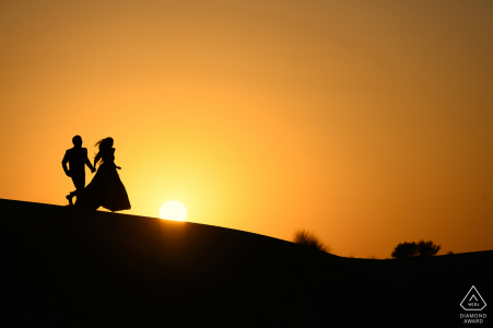 Jaisalmer pre-wed portrait showing Sunset and couple shoot go well together