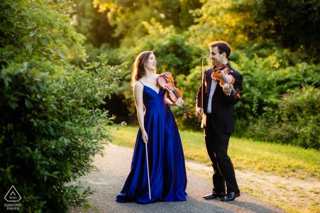Sunken Meadow State Park Fine Art Engagement photo de deux violonistes