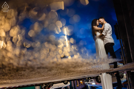 e-shoot de portrait sur place de Phuket, Thaïlande pendant l'heure bleue