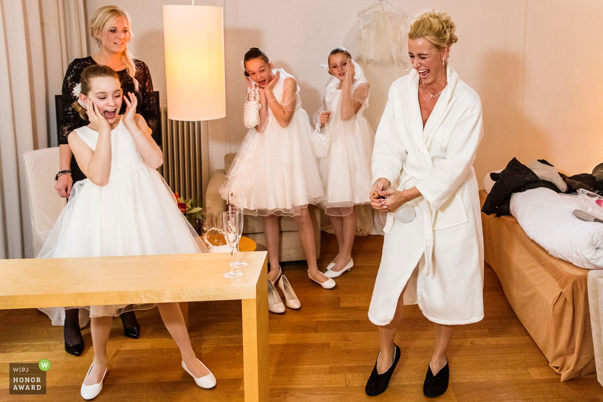 Roy Van Kleef is an award-winning wedding photographer of the GE WPJA