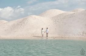 Malakka sesja zdjęciowa zaręczynowa pary w wodzie | Malezyjski fotograf