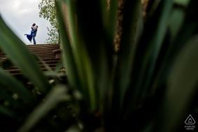 DC portret pary na górze wzdłuż zestawu kroków