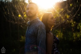 Rio Grande do Sul wedding engagement pictures in the sun by Brazil photographer