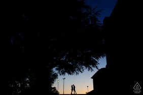 Portugal engagement shoot of a couple at dusk with street lamps | Braga photographer pre-wedding portrait session
