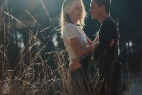 Love in the sunshine | Noord Brabant Netherlands engagement portraits outdoors