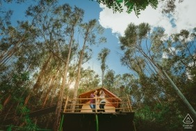 Pre-wedding photography in a treehouse in Colombia | Engagement Session