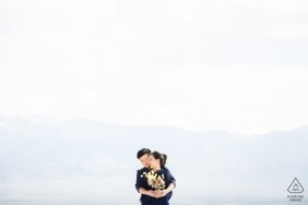 Fujian pre-wedding pictures of a couple against pure white background | engagement photography session
