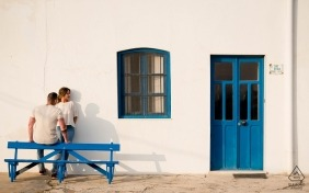 A Spain couple during their outdoor pre-wedding portrait session by a Murcia photographer