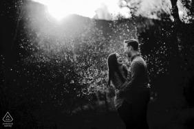 Séance de fiançailles Frisco Colorado en noir et blanc