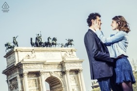 Lombardy pictures of a couple by a top Milan wedding engagement photographer