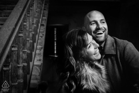 Photographe d'engagement d'Alicante | Portraits de couple en noir et blanc