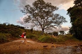 Goiás Brasil antes de los retratos de boda en la naturaleza.